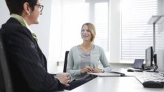 office-meeting-2933
