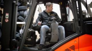 Video zum drehbaren Fahrerarbeitsplatz von Linde Material Handling